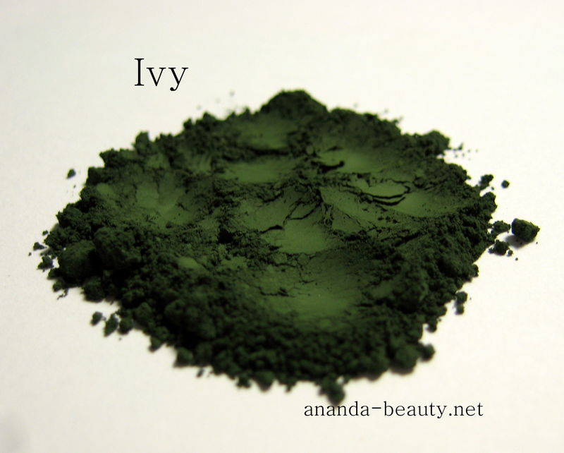 *50% clearance* IVY matte rich deep green mineral shadow eye liner  - product images  of