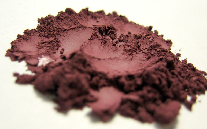 *50% clearance* LOUNGE matte burgundy red mineral eye shadow - product images  of