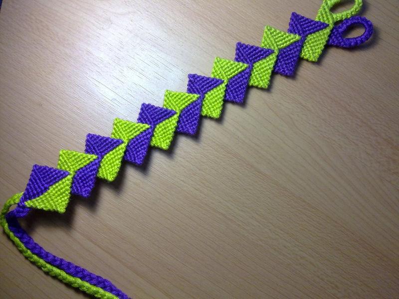 friendship bracelet intertwined zig zag macrame bracelet