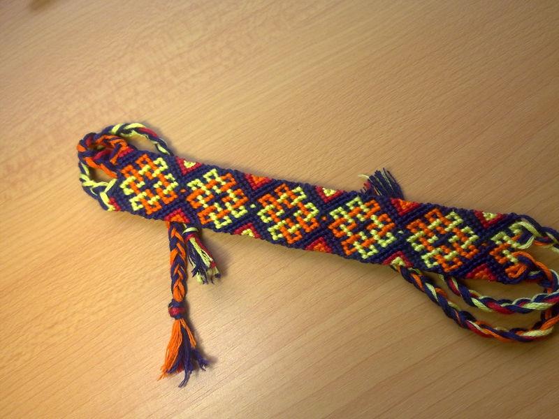 friendship bracelet celtic knot macrame bracelet made. Black Bedroom Furniture Sets. Home Design Ideas
