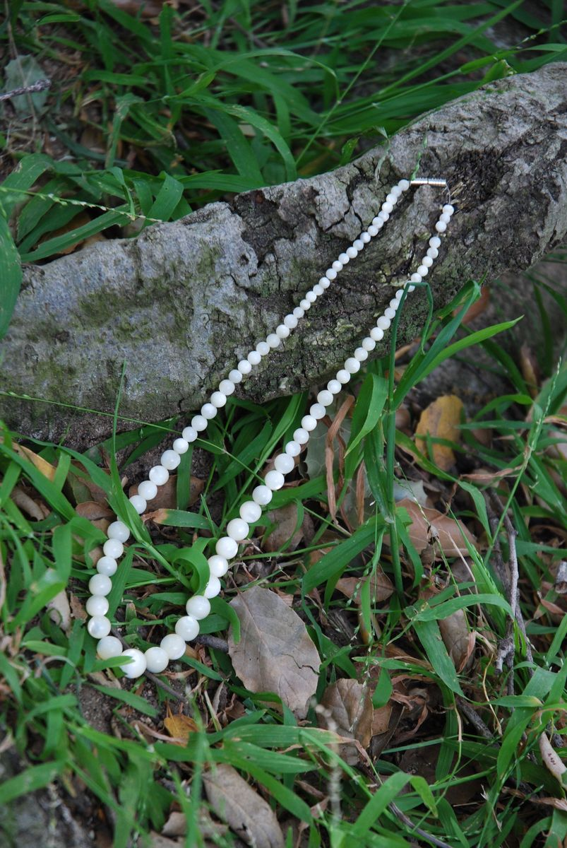 Mother of Pearl Graduated Bead necklace - product images  of