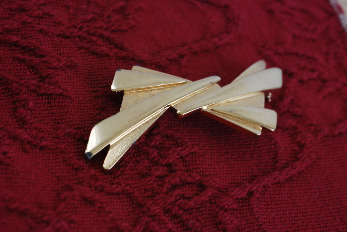 Abstract Bow Brooch by Monet in Gold - product image