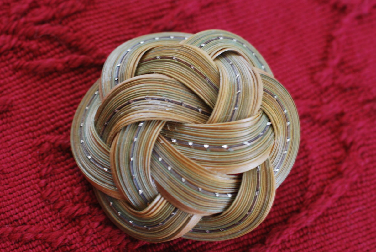 Infinity Flower Brooch in Split Bamboo - product image