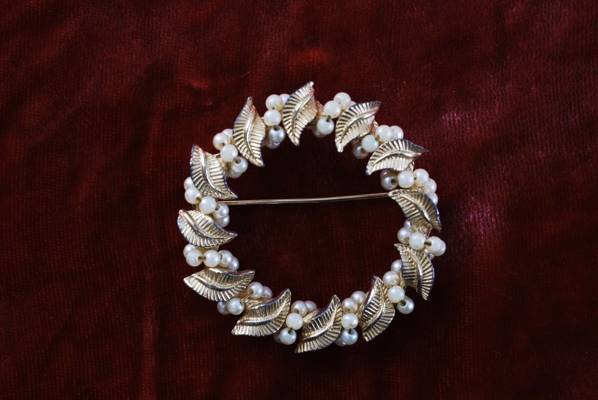 Gold Tone Circle Brooch Leaves and Pearls - product images  of