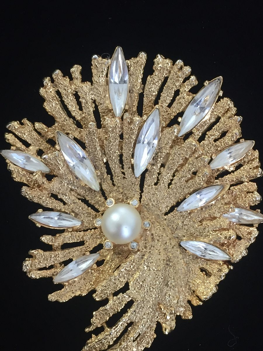 Vintage gold tone crystal navette and pearl teardrop brooch - product images  of