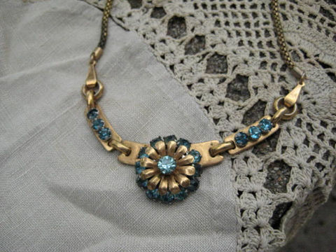 Vintage,Rhinestone,Necklace,Aquamarine,Barclay,1940s,Jewelry,barclay,aquamarine,vintage rhinestone,signed barclay,rhinestone floral,1940s signed barclay,rhinestone necklace,vintage aquamarine,aquamarine necklace,1940s rhinestone,designer necklace,metal,rhinestone