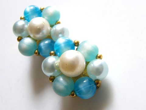 Vintage,Clip,Earrings,Lisner,Signed,Aqua,Blues,&,White,Beads,Jewelry,lisner,white,1960,pearls,designer_signed,vintage_earrings,clip_earrings,aqua_blue,pale_blue,beaded_earrings,designer_couture,fashion,clip_backs,glass,metal