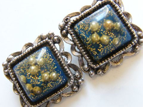 Vintage,Clip,Earrings,Clear,Plastic,Pearl,and,Gold,Glitter,Encased,Jewelry,clips,antiqued,faux_pearls,gold_glitter,square_shape,scalloped_edges,white,blue,pearl_jewelry,holiday_jewelry,gifts_for_women,acrylic,bright_blue