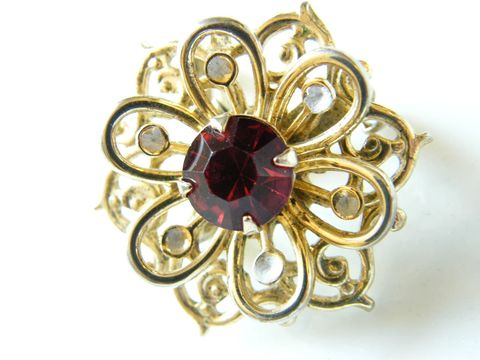 Vintage,Snowflake,,Flower,Tri-Level,Pin,and,Pendant,,Ruby,Red,,White,Rhinestones,,Winter,Woodland,Jewelry,Brooch,floral,pendant,ruby,white,gold,snowflake,holiday_jewelry,ruby_red,crystal,rhinestones,fashion_jewelry,red_garnet,sparkle_glam,gold_tone,metal