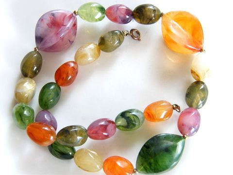 Vintage,Fashion,Choker,Necklace,Colorful,Oranges,,Green,Marbled,Plastic,Beads,Jewelry,choker,marble,green,orange,purple,beige,pink,beads,spring_rings,ovals,plastic,spring_summer,multi_colored