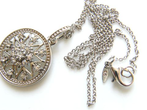 Vintage,Snowflake,Pendant,Necklace,Avon,Sterling,,Rhinestones,Jewelry,Avon_necklace,rhinestones,snowflake,star,Avon_jewelry,snowflake_pendant,star_pendant,Avon_snowflake,sterling,Gifts_for_women,metal