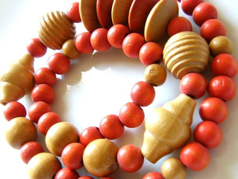 Vintage,Fashion,Necklace,Large,Natural,,Orange,,Wood,Beads,Jewelry,vintage,necklace,choker,orange,tooled,machine_turned,beige,eco_friendly,gifts_for_women,wood_beads,autumn_fall,natural_wood,painted_wood