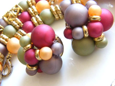 Vintage,Necklace,Earrings,Set,,Frosted,Beads,Metallic,Colors,Jewelry,necklace_earrings,purple,rose,yellow,mint_green,gold_tone,lavender,frosted_beads,vintage_necklace,vintage_earrings,gifts_for_women