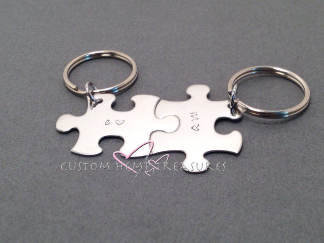 personalized initial couples keychains puzzle keychain set