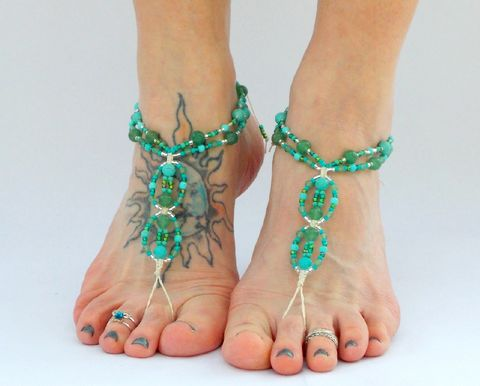 Green,Aventurine,Barefoot,Sandals,green-aventurine, barefoot-jewelry, barefoot-sandals, toe-thong, footless, bottomless, sandals, shoes, foot-jewelry, green, aqua, mint, beach-shoes, zen, meditation, healing-crystals, gemstone-jewelry, hemp-jewelry, hemp