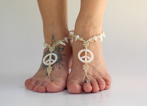 Mother,of,Pearl,Peace,Barefoot,Jewelry,mop, peace, barefoot-sandals, hemp, barefoot-jewelry, beach-sandals, wedding-sandals, hippie, bohemian, pearls, foot-accessories, soleless, bottomless, toe-thong, sandals, barefoot, jewelry, handmade