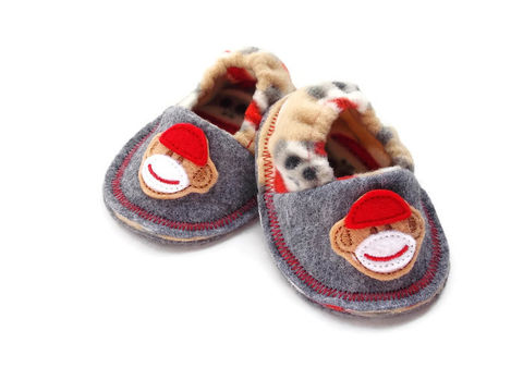 Sock,Monkey,Baby,Booties,,Soft,Crib,Shoes,baby-booties, sock-monkey-shoes, handmade-slippers-babies, soft-sole-baby-shoes, crib-shoes, sock-monkies