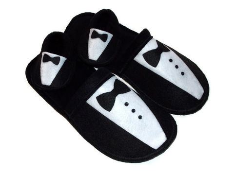 New,Daddy,Gift,Set,-Slippers,for,Baby,and,Dad-,Formal,Tuxedo,Shoes,baby-gift, new-daddy,stud-muffin, mini-muffin, funny-gift-men, dad-gift, valentine-gift, baby-shower, baby-boy, baby-booties, felt-slippers, handmade-slippers, fathers-day-gift, gift-for-men, dad, house-shoes, handmade,