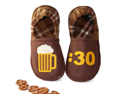 Beer,30,Gift,for,Men,Slippers,,Funny,Custom,House,Shoes,beer-30-gift-men, man-cave-shoes, handmade-slippers, men-slippers, slipper-men, beer-30, men-shoes, beer-mug-shoes, felt-slippers, custom-slippers