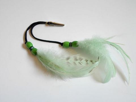 Lime,green,feather,roach,clip,lime-feather-roach-clip, green-feather-roach-clip, feather-roach-clip, roach-clip, feather-clip, feather-extensions, festival-feathers, hair-feathers