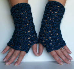 Blue,Lace,Fingerless,Gloves,Navy,Crochet,Accessories,long,wristwarmers,wrist_warmers,teambluegrass,team_trade_on,navy,dark_blue,fingerless,gloves,navy_blue,autumn_winter,fingerless_gloves,caron_simply_soft_yarn