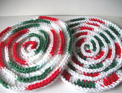 Christmas,Trivets,Spiral,Hot,Pad,Plate,Red,Green,White,Holidays,Table decor,spiral hotplate,crochet hotplate,crochet_trivet,cotton_trivet,christmas_trivet,christmas_decoration,christmas_decor,christmas_table,swirl_trivet,red,white,green,christmas_holiday,cotton trivet