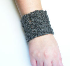 Hand Knit Cable Bracelet Charcoal Gray Wool Wrist Band Coffee Cup Cozy - product images 4 of 5