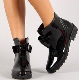 Ankle Rainboots with Bow - product image