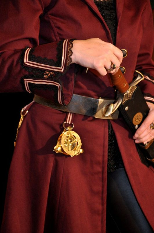 Ring In The Steampunk Decor To Pimp Up Your Home: Steampunk Airship Pirate Coat For Women