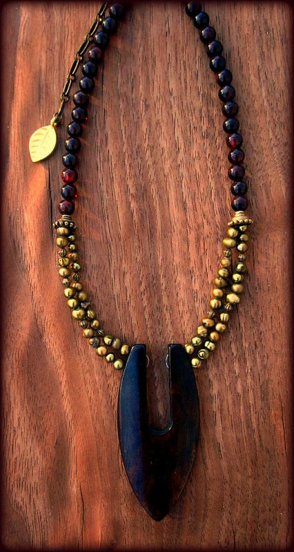 Adjustable Beaded Pearl Necklace with Garnet and Bone Pendant: The Point - product images  of