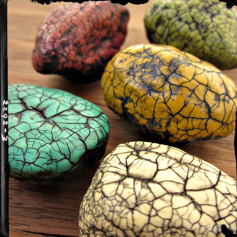 Colorful magnet set five paper mache crackled stone for Papier mache rocks