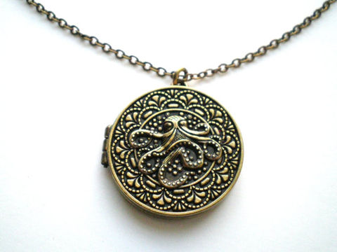 Octopus,Magnetic,Locket,Necklace