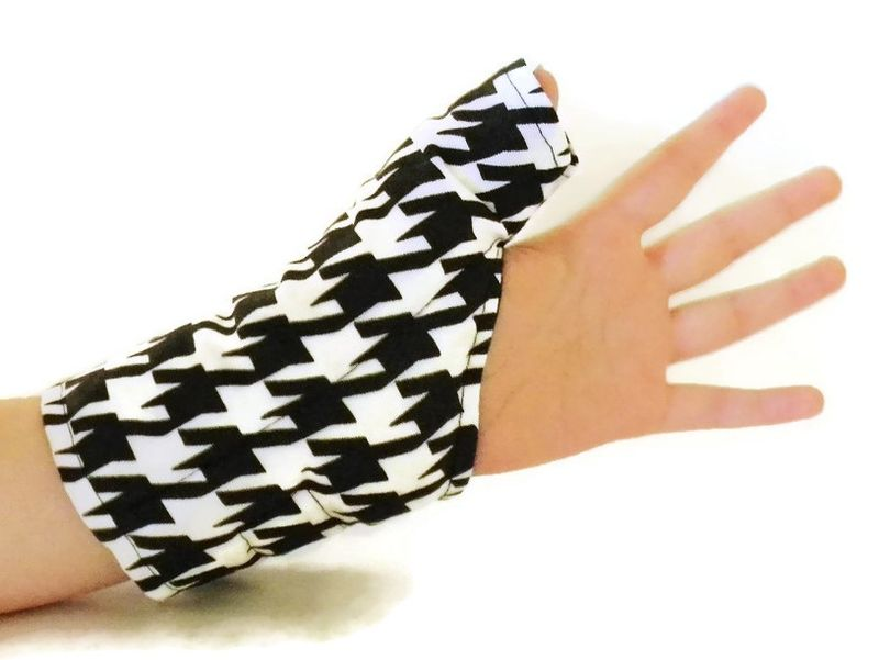 Thumb Wrap For Texting Gaming Overuse Cold Or Heat