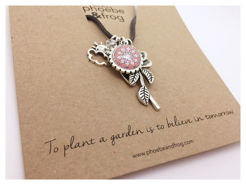 For,a,someone,special.,garden, necklace, personalised, special, card, sentiment, charms, friends