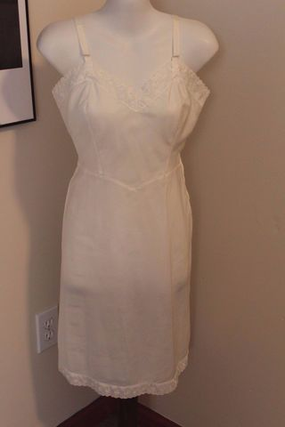 Vintage,Barbizon,Full,Slip,Dress,Petticoat,Ariel,Tafredda,White,1950s,vintage full slip, petticoat, barbizon, ariel, tafredda, white, 1950s, 1960s, cross dressing, fancypantsandmore, ourblueridgehome, crossdresser