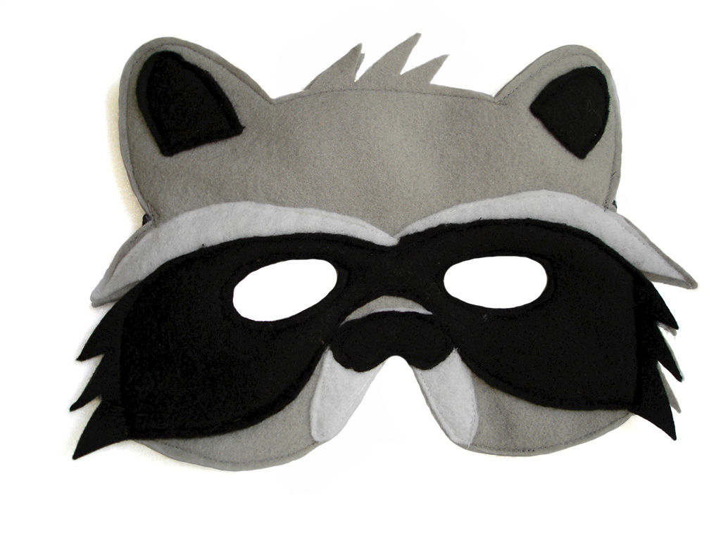 Children 39 s woodland animal raccoon felt mask magical attic for Woodland animal masks template