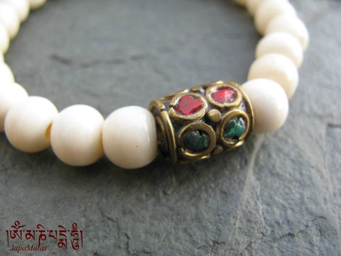 Bone,Bracelet,Mala,with,turquoise,and,coral,chip,decorated,guru,bead,mala.,Jewelry,Beadwork,japa_mala_bead,buddhist_mala,meditation,yoga,zen,prayer_beads,worry_beads,mala,buddha,tibet,buddhism,pocket_mala,Tibetan_bead,holy thread,mantras,pure intention,bone