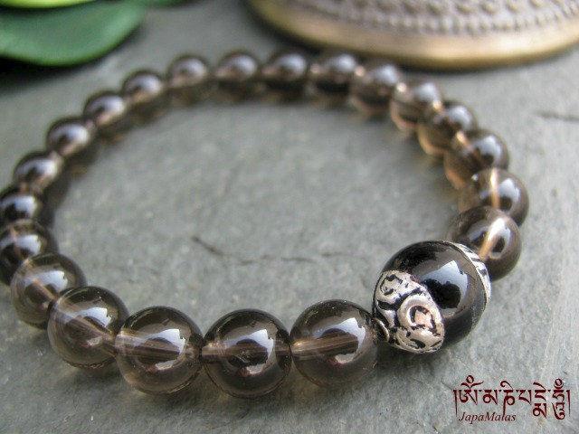 Onyx and smoky Quartz bracelet