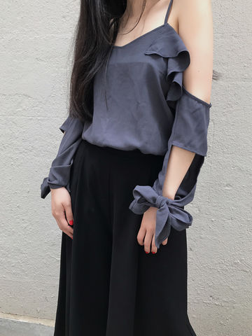 Dark,Grey,Frill,Top,top, dark grey top, frill top,