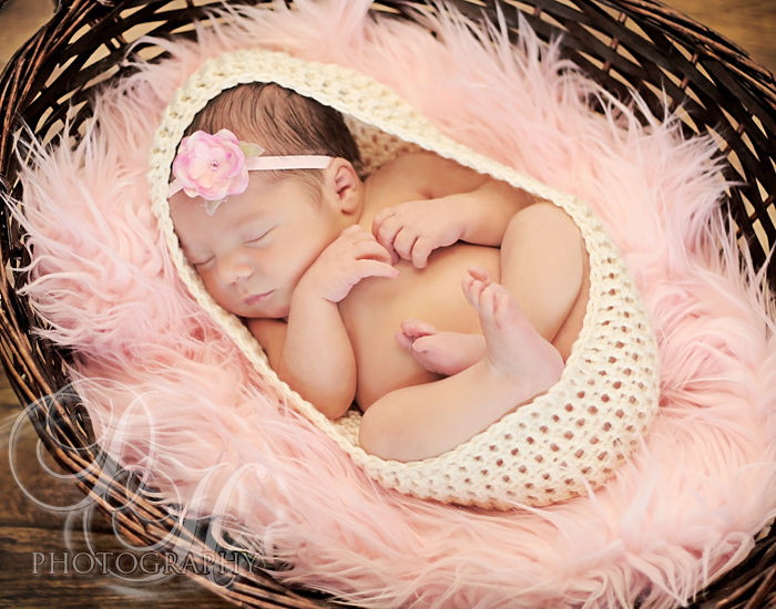 Baby Cocoon, Newborn Photo Prop, Newborn Photo Shoot, Crochet Cocoon, White - product image