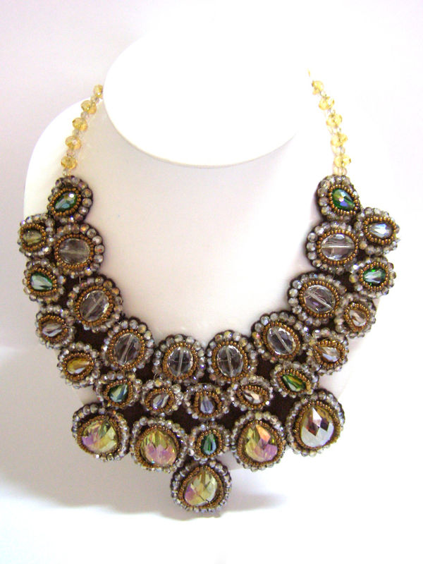 royal treatment statement necklace thai fashion jewelry