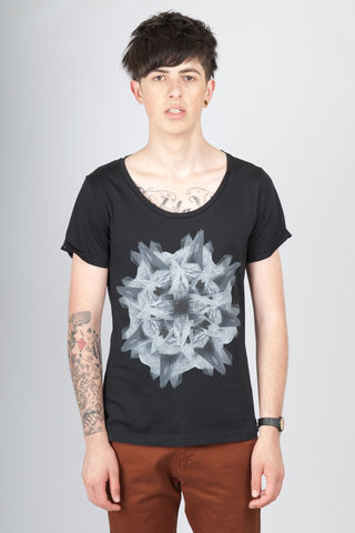 Radial,trikki, streetwear, scoop neck, low cut, wide collar, indie, festival, premium, t-shirt, cathedral, grunge, punk, fashion, style, london, gulio