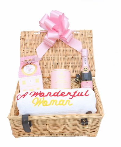 A,Wonderful,Woman,-Rose,Tea,&,Champagne,Gift,Hamper,Gift Hamper, Gifts for Her, Valentines, Luxury Gifts, Champagne Gifts