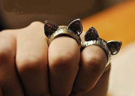 CAT,EAR,RING,CAT EAR RING, VINTAGE CAT EAR RING, CAT RING, VINTAGE CAT RING