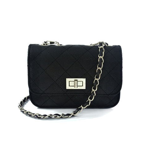 BLACK,QUILTED,SLING,BAG