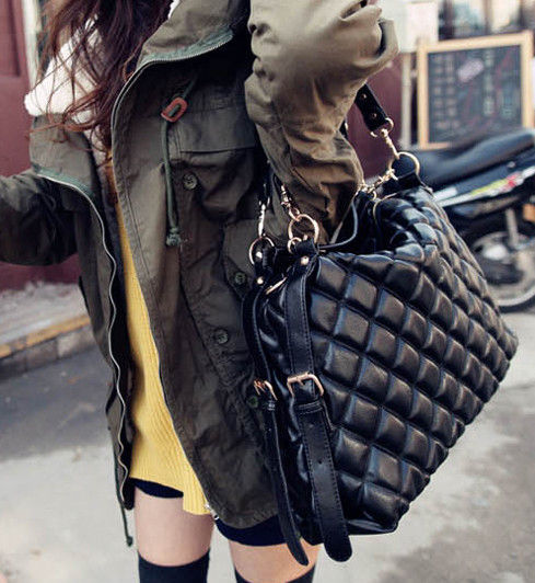 BLACK QUILTED BAG - product image