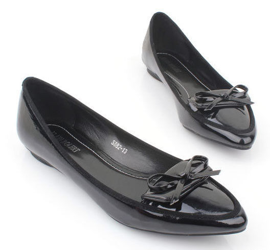 BLACK BOW WITH SYNTHETIC FLATS - product image