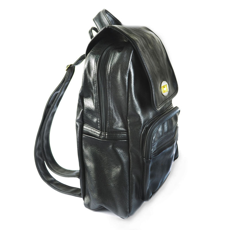 BLACK BACKPACK - product image