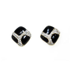 BLACK,AND,CLEAR,CRYSTAL,SQUARE,EARRINGS
