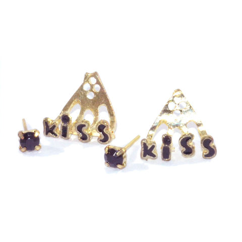 KISS,WITH,CRYSTAL,EARRING